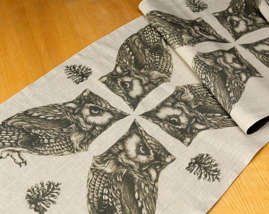 lzd-linens-table_owl
